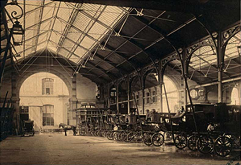 Postcard of the Paris Pompes Funèbres at what is now 104, Centre CentQuatre