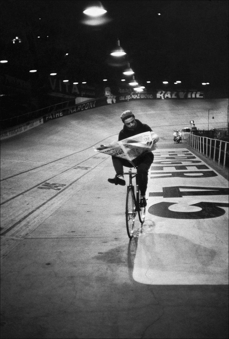 Vélodrome d'Hiver, 1957 © Henri Cartier-Bresson/Magnum Photos courtesy Fondation Henri Cartier-Bresson