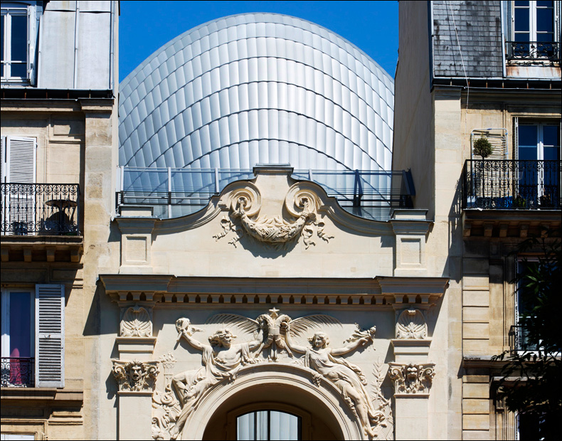 Detail of Renzo Piano's Fondation Jérôme Seydoux-Pathé behind the Rodin façade; pic: Fondation Jérôme Seydoux-Pathé