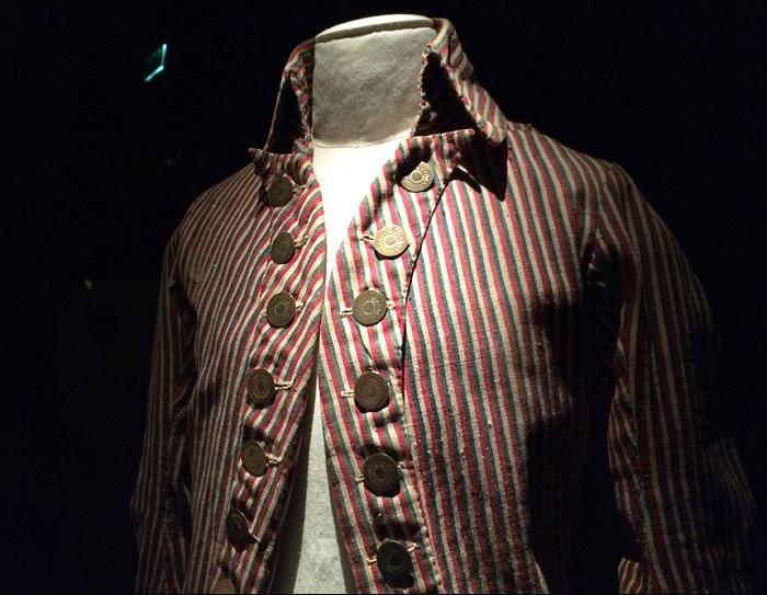 """Man's mid-1790s jacket, """"Deboutonner la mode"""", Les arts décoratifs; pic: CYnthia Rose"""